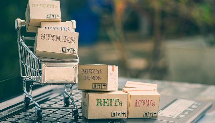 Asset correlation – the financial market's spider web