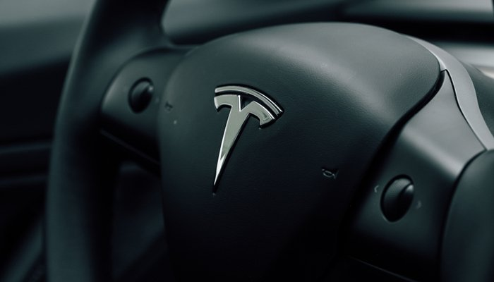 Tesla: the fifth consecutive profitable quarter