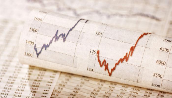 زوج اليورو دولار يحافظ على مكاسبه، تباطؤ ارتفاع مؤشر داو جونز وتراجع الدولار الأمريكي
