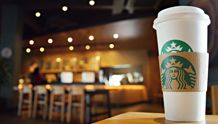 Starbucks beats earnings estimates