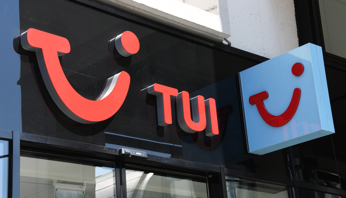 TUI sinks in fiscal first-quarter