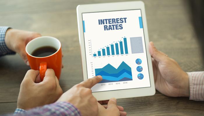أسعار الفائدة من الألف إلى الياء - دليل المتداول