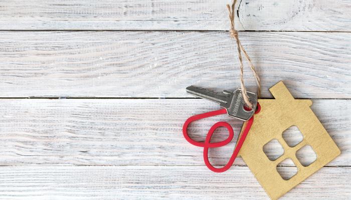 Airbnb triples its revenues in Q2